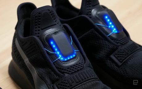 Puma выпустит кроссовки с автоматической шнуровкой. Новости, Спорт, Бренды, Пума, Поедательобразцов, Видео