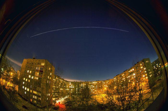 А из нашего окна... МКС в ночи видна. Фотография, Ночь, Город, Двор, МКС, Космос