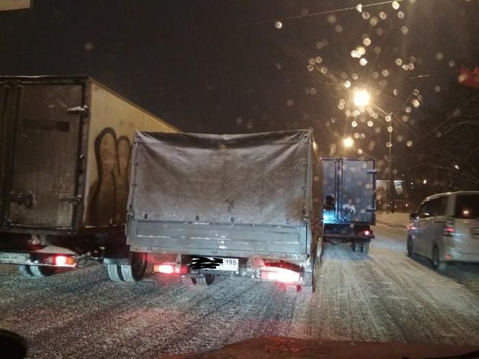 Газель, которая сможет Мост глупости, Газель, Газель не пройдёт, Санкт-Петербург