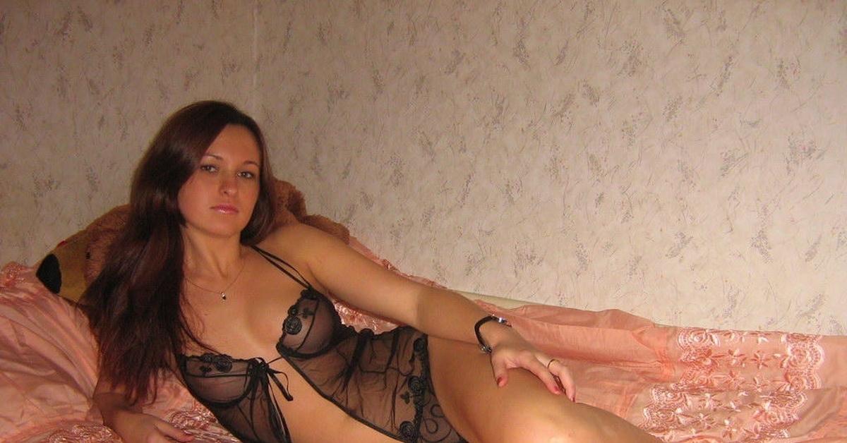 ukrainskie-devushki-domashnie-eroticheskie-foto
