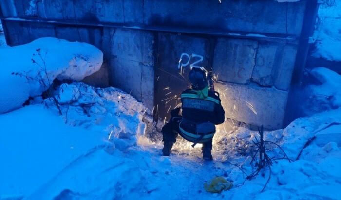 Узник теплоколлектора Усть-Кут, Иркутская область, Бомж, Пожарные, Курьез, МЧС