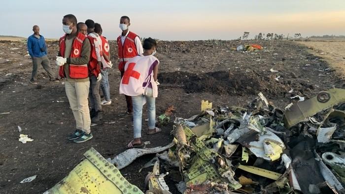 Китай приостанавливает эксплуатацию Boeing 737 Max после крушения в Эфиопии Общество, Китай, Авиакатастрофа, Индонезия, Эфиопия, Эксплуатация, Boeing-737, Пятый Канал