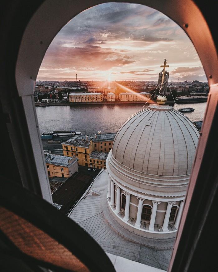 Вид с колокольни Церкви Святой Екатерины.