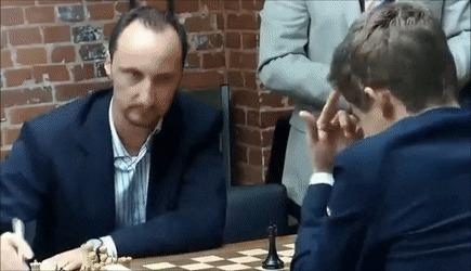 Реакция Веселина Топалова на упущенную возможность в игре с Магнусом Карлсеном.