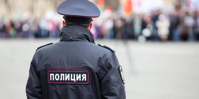 В Дагестане участковый умер от передозировки в гостях у коллеги из наркоконтроля Негатив, Общество, Дагестан, Полицейский, Наркотики, Передозировка, Ruspostersru, Борьба с наркотиками
