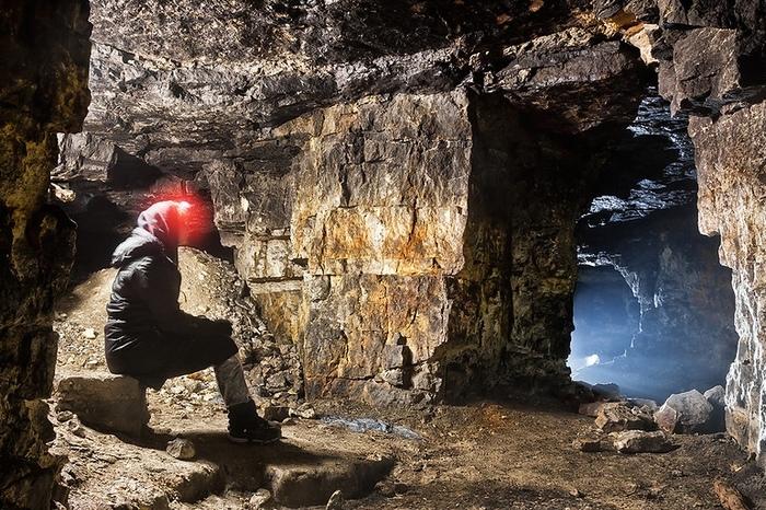 Заброшенные пещеры-каменоломни Старицкого мрамора Заброшенные каменоломни, Каменоломни, Мрамор, Длиннопост