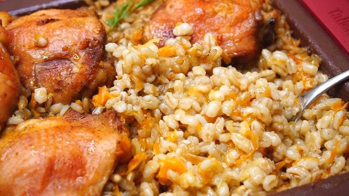 Перловка с курицей в духовке Перловка, Рецепт, Видео рецепт, Еда, Кулинария, Видео, Длиннопост