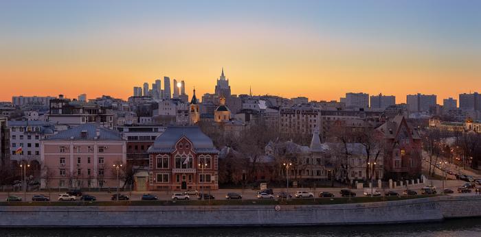 Московский закат Фотография, Закат, Москва-Сити, Вечер, Огни города, Набережная, Панорама
