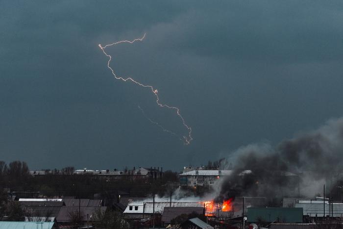 Пожар во время грозы Природа, Гроза, Молния, Уральск, Казахстан, Пожар, Фотография, Nikon