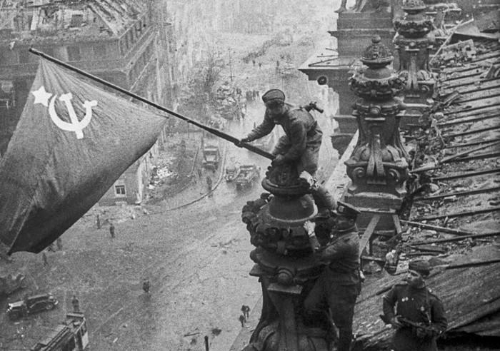Развалинами Рейхстага удовлетворён! (Леонид Быков)