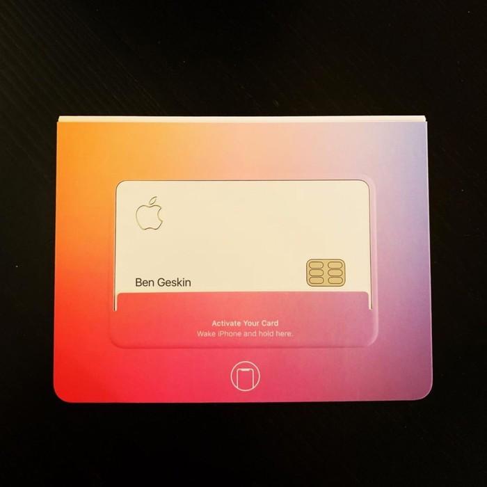 Apple начала выдавать свои банковские карты Apple, Банковская карта
