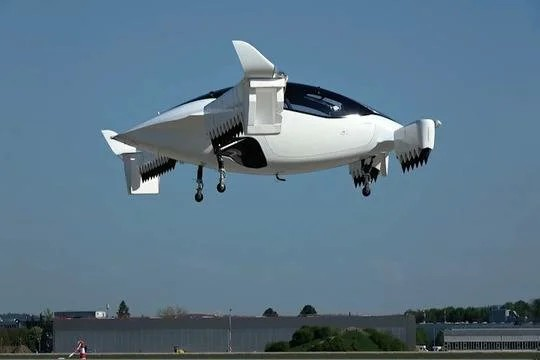 В Германии прошло испытание пятиместного летающего такси Такси, Германия, Новые технологии