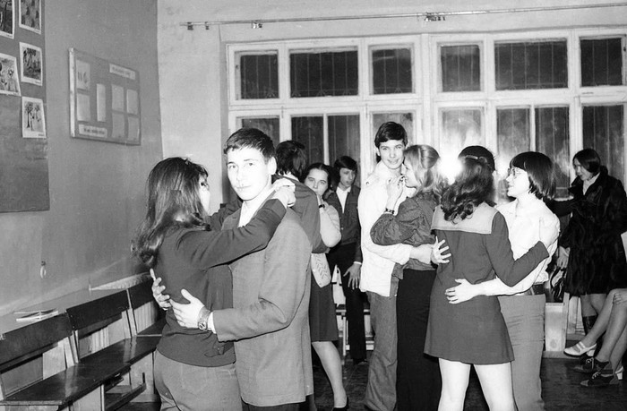 Дискотека в московской школе №235. Предположительно середина 1970-х годов.