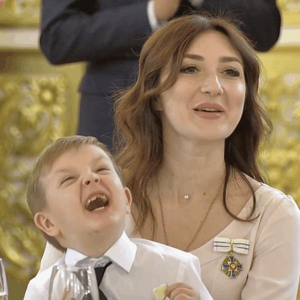 """На вручении ордена""""Родительской славы"""" в Кремле"""