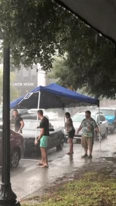 Кто-то забыл поднять крышу, пошел дождь... Дождь, Кабриолет, Крыша, Гифка, Авто