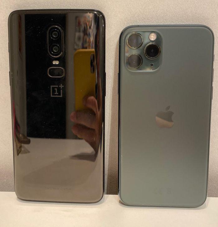 iphone 11 vs johnyboy