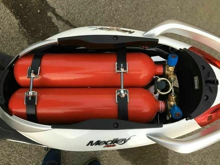 Газ в машину - плохо? А в скутер? Метан, Газ, Скутер, Газобаллонное оборудование, Бомба, Инстинкт самосохранения