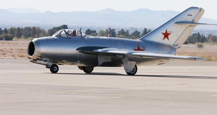 Мат пилота МиГ-15  это тактический прием в бою с Сейбром