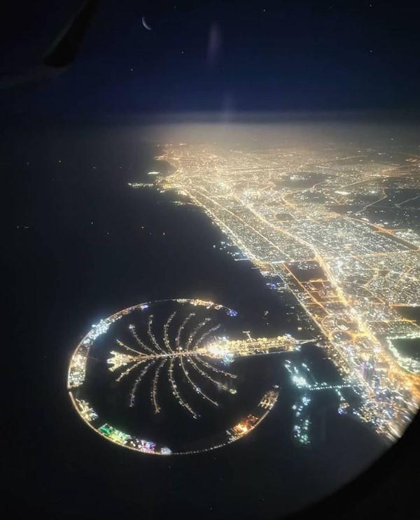 Дубай ночью с самолета купить квартиру на лазурном берегу