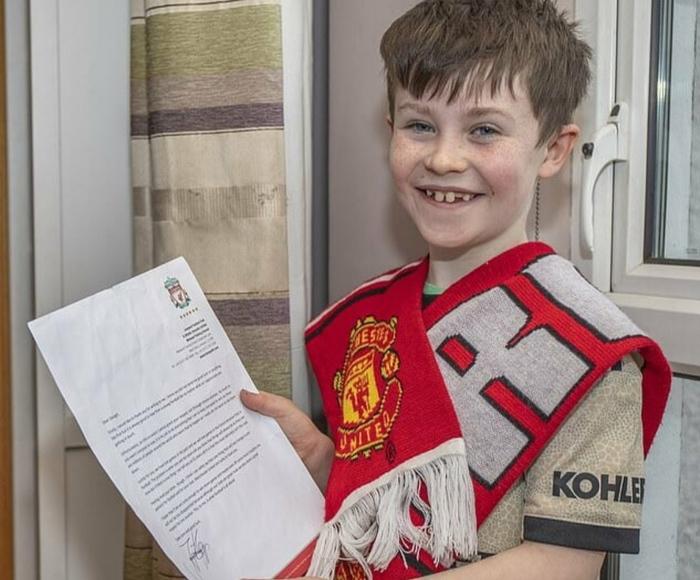 Клопп ответил в письме 10-летнему болельщику МЮ Я не могу заставить Ливерпуль проиграть и выполнить твою просьбу