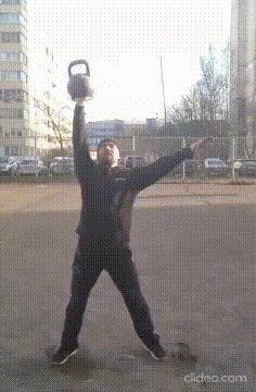 Гиревой спорт: жонглирование Спорт, Гиря, Гиревой спорт, Силовое жонглирование, Необычный вид спорта, Гифка, Видео, Длиннопост