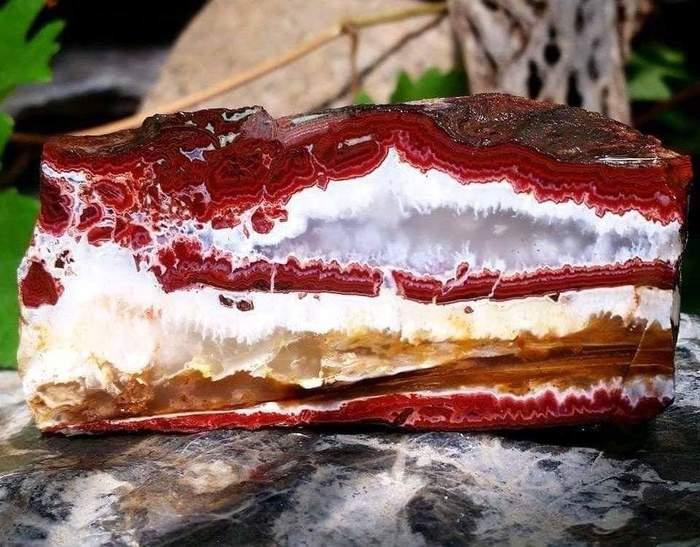Торт-камень