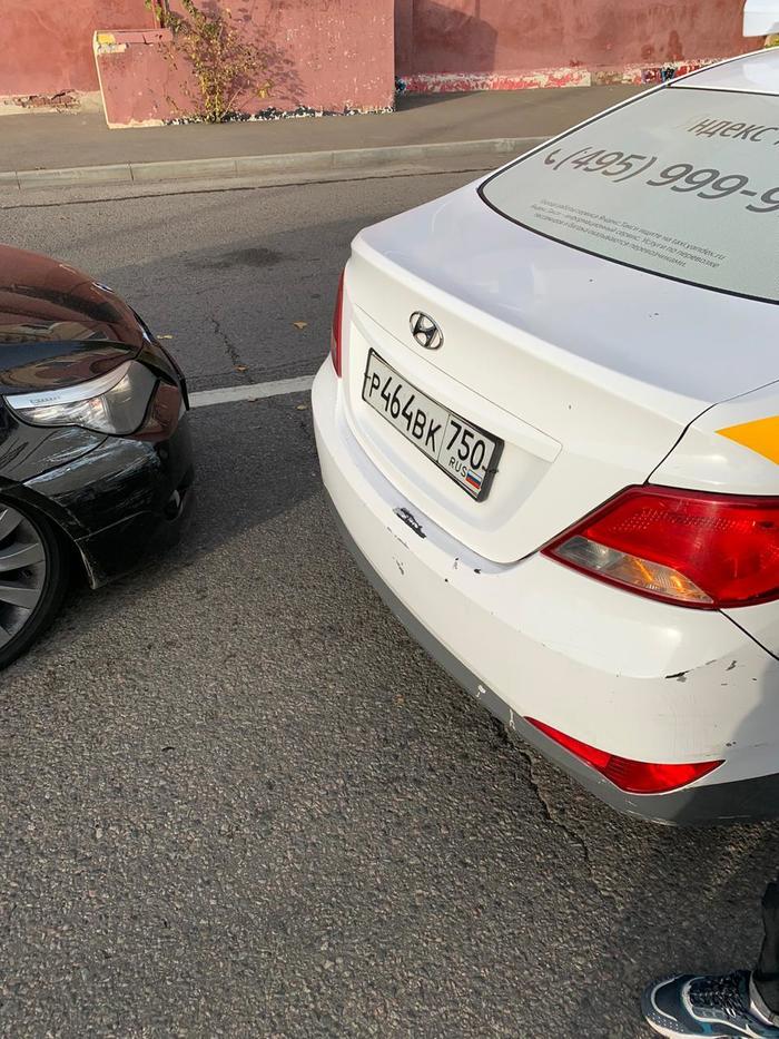 Водители Яндекс.Такси ездят без прав? v2.0