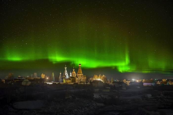 Северное сияние над Архангельской областью