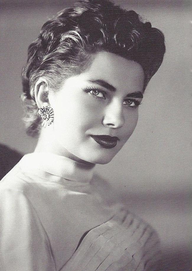 Сорайя Бахтиари  вторая жена Мохаммеда Реза Пехлеви, последнего шаха Ирана, королева Ирана
