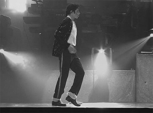 """Почему знаменитая походка Майкла Джексона """"лунная""""? Майкл Джексон, Лунная походка, Название, Интересное, Почему?, Творчество, Гифка, Видео, Длиннопост, Танцы"""