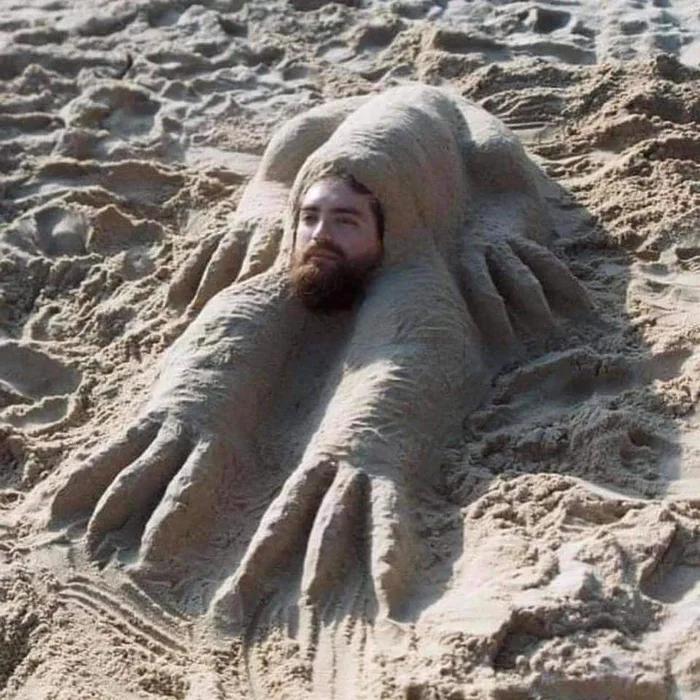 С пользой провёл время на пляже