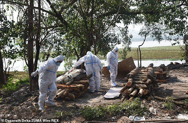 Кошмар в Индии: За три дня миллион новых случаев заражения ковидом Индия, Коронавирус, Эпидемия, Негатив, Пандемия, Болезнь, Длиннопост