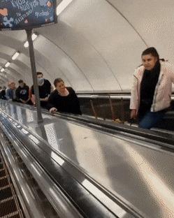 Типичное утро в метро