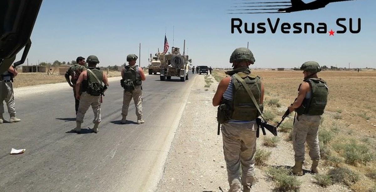 Русские военные развернули конвой США в Сирии (Видео)